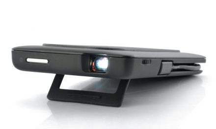 Mobile Phones With Mini Projectors